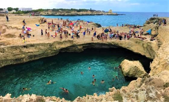 Grotta della Poesia. La Piscina Naturale piú bella d'Italia